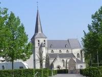 Sint Aldegondiskerkje: Dit kerkje dat rond 1500 opgetrokken werd uit mergelsteen